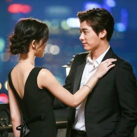 李易峰文咏珊携手钻石广告 甜蜜造型惹人眼球