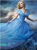 迪斯尼电影《灰姑娘》服装花费高 10000颗水晶蓝裙子礼服图片