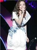 《我是歌手》第三季张靓颖服装搭配 新造型尽显气质女神风范