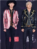 2014MAMA音乐盛典权志龙太阳唱饶舌 身穿Saint Laurent Paris服装亮相