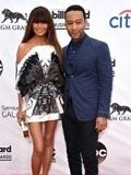 2014美国公告牌音乐奖红毯 约翰·传奇穿Gucci西装亮相