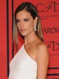 2013美国CFDA颁奖典礼 明星超模红毯华服亮点多