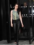 欧美明星最新时尚街拍 性感上榜女星克里斯丁穿衣搭配秀