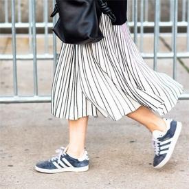 穿百褶裙配什么鞋子好看,百褶裙配鞋