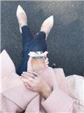 粉色呢子大衣配什么鞋子 6款鞋配出不同风格