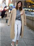 驼色大衣配什么毛衣 双重质感的温暖