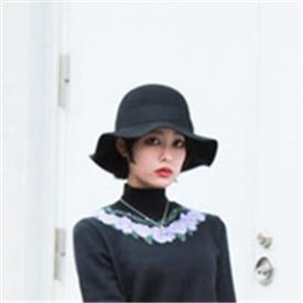 日本原宿风时尚街拍 高领毛衣热潮势不可挡