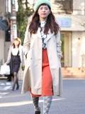 """寒冬日本东京时尚街拍图片 给降温天一点""""颜色""""看看"""