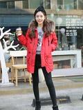韩国模特街拍示范冬装搭配 棉服也能穿出时尚感