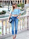 欧美达人时尚街拍  优雅一字领穿出女性显瘦效果
