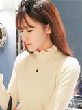 韩国时尚毛衣项链搭配 从细节提升造型时尚度