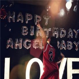angelababy晒照庆祝生日 评论里为何满满的权志龙?