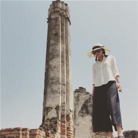徐静蕾晒旅游照 被称玉女才女多段情史遭扒为何至今不婚?
