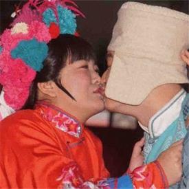 包贝尔首次当导演 老婆怂恿其与贾玲热吻曝戏后趣事