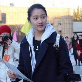 关晓彤初试被叫停 出道14年生于艺术世家