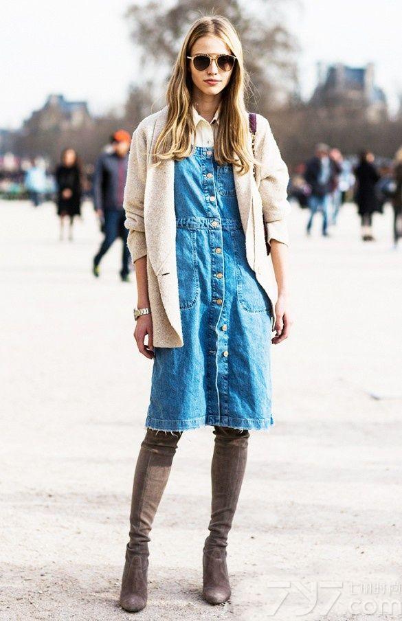 每年的服饰潮,总少不了一波牛仔热。今天春季,牛仔连衣裙强势归来,是MM们衣橱中必不可少的单品之一,英朗休闲的材质与裙子的柔美融合在一起,展现俏皮活力的一面。今天就带你走一趟牛仔连衣裙时尚之旅。
