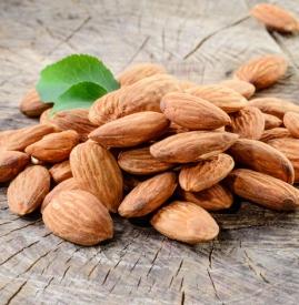 苦杏仁和甜杏仁的区别,苦杏仁和甜杏仁有什么区别图片,怎么区分甜杏仁和苦杏仁
