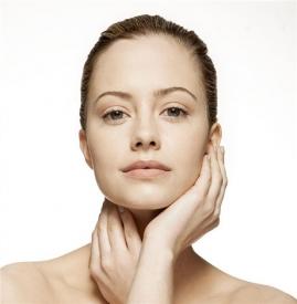 油性皮肤可以用甘油吗,油性皮肤能用甘油吗,甘油适合油性皮肤吗