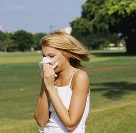 流鼻涕为什么会流眼泪,流鼻涕为什么出眼泪汪汪,流鼻涕时流眼泪是怎么回事