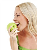 牙龈出血是缺少哪种维生素,牙龈出血缺什么维生素,牙龈出血缺维生素几