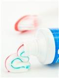 牙膏洗脸可以祛斑吗,牙膏洗脸能祛斑吗,牙膏可以祛斑吗