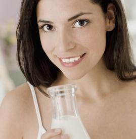 牛奶洗脸可以祛斑吗,牛奶洗脸能祛斑吗,牛奶有祛斑的作用吗