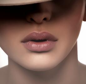 唇妆怎么画好看,唇妆怎么画图解,口红怎么涂好看方法