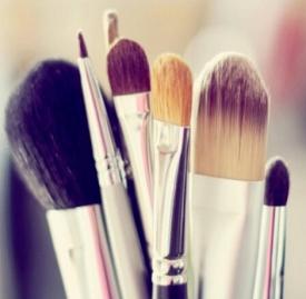 如何清洁化妆刷子,化妆刷怎么清洗,刚买化妆刷怎么清洗