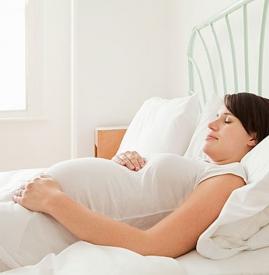 孕妇睡觉出汗是什么原因,孕妇睡觉盗汗是怎么回事