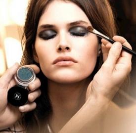 内双肿眼泡怎么画眼妆,内双肿眼泡怎么化妆,内双肿眼泡眼妆