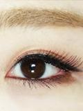 打造甜美大眼妆容 这个秋天和棕色系更配哦