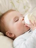 母乳不足如何混合喂养,母乳不够应该怎么混合喂养,奶水不够如何混合喂养