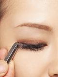 假睫毛怎么贴,如何贴假睫毛,假睫毛的贴法