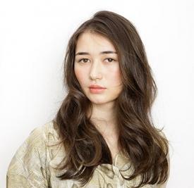 大脸卷发发型图片,大脸卷发女生发型,大脸卷发发型