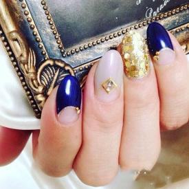 金色美甲图片花样,金色指甲图片,金色配搭指甲图片