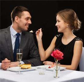 男人宠爱女人的小细节,男人宠爱你的表现