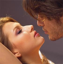 男女生接吻的方法技巧 湿吻激发性欲