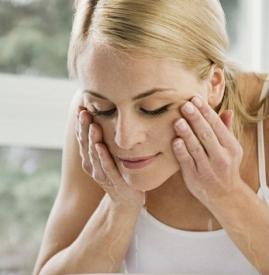 玻尿酸隆鼻后几天洗脸,打完玻尿酸多久能洗脸,打玻尿酸后可以洗脸吗
