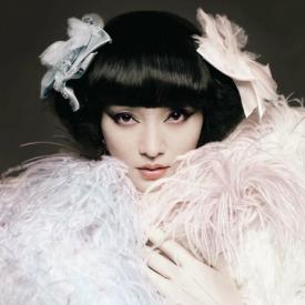 vogue服饰与美容新片 周迅vintage造型抢先看