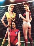 《花花公子》世界杯特辑 极致诱惑男人无心看球