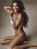 美国《Allure》杂志封面大片 《阿凡达》女主角佐伊全裸出镜