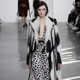 Calvin Klein2016纽约秋冬时装秀 极简风演绎摩登都市范
