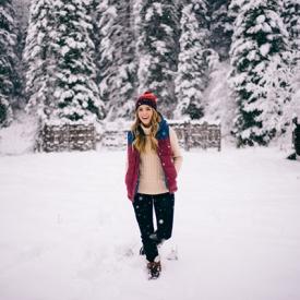 Julia Engel:冬雪中要保暖也要时尚