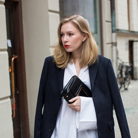 Elin Kling:衬衫西装打造职场休闲