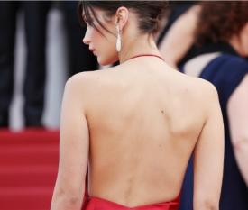 戛纳电影节女星红毯争艳 红毯造型这么穿才能赢